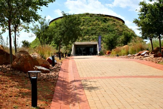 The entrance to the Tumulus building at Maropeng