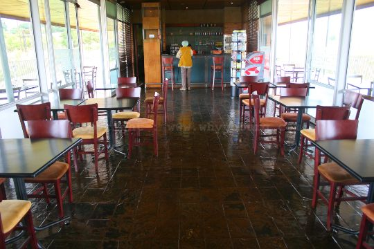 The restaurant in the visitors centre at the Sterkfontein Caves in the Cradle of Humankind near Johannesburg, has some very reasonable food and makes a very good cappuccino