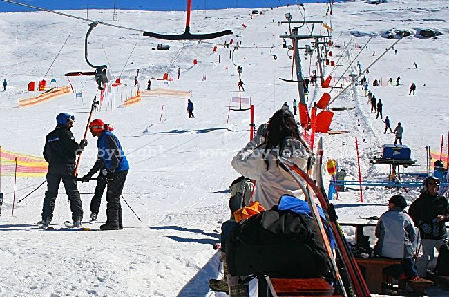 Photo taken at the foot of the 1.1 km piste at Afriski Mountain Lodge in Lesotho, with the T-Bar Drag Lift on the left, and the Beginner Rope Tow Lift on the right.